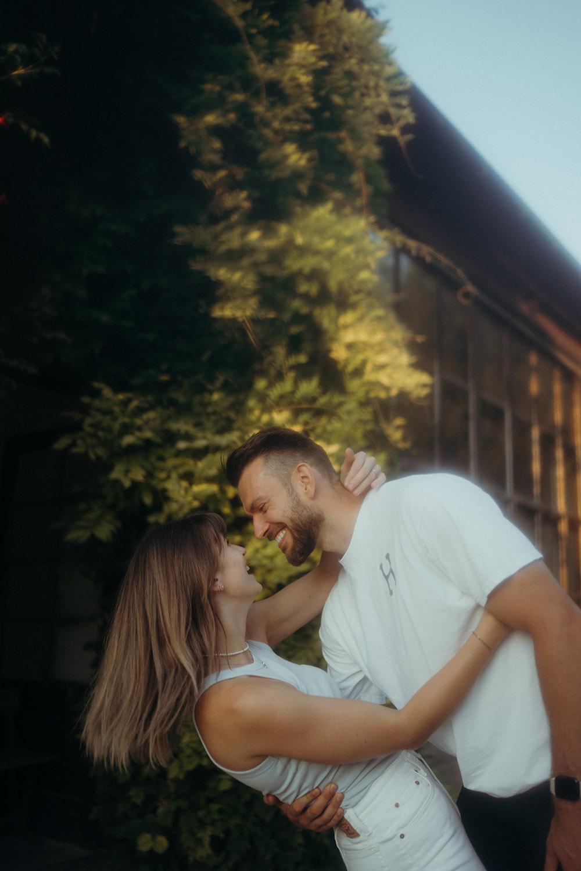Bildstadt Studios Coupleshooting Linz Oberösterreich Fotograf Paar